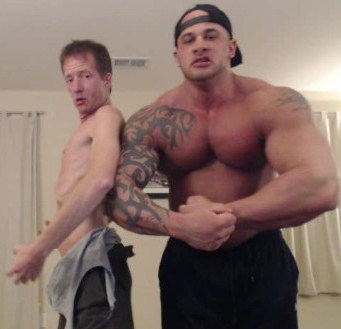 MUSCLE GOD VS BITCH