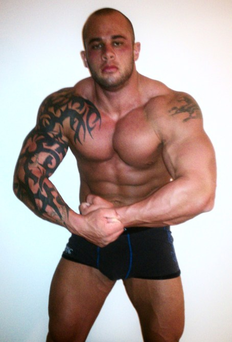 JACKED RIPPED MUSCLE GOD