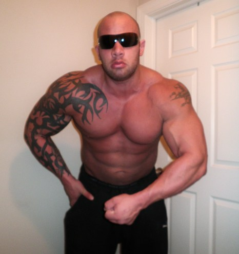 HUGE JACKED COCKY MUSCLE GOD