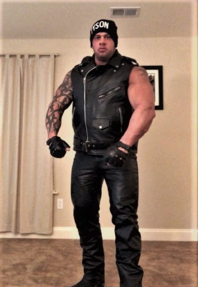 FULL LEATHER MUSCLE DOM